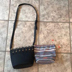Stella & Dot Marin Navy Bucket Bag
